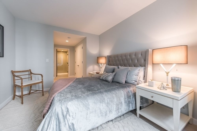 2 Bedrooms, Hell's Kitchen Rental in NYC for $5,905 - Photo 1