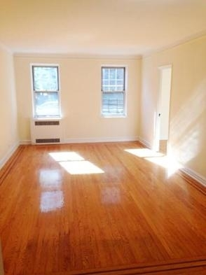 1 Bedroom, Forest Hills Rental in NYC for $2,300 - Photo 2