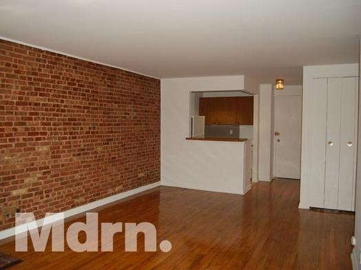 Studio, Yorkville Rental in NYC for $1,990 - Photo 2