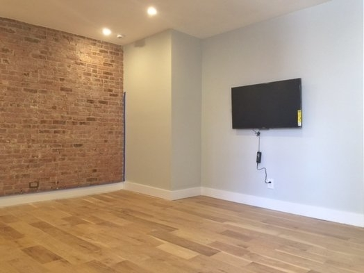 3 Bedrooms, Washington Heights Rental in NYC for $3,208 - Photo 1