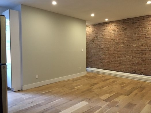 3 Bedrooms, Washington Heights Rental in NYC for $3,208 - Photo 2