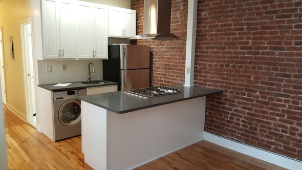 Room, Washington Heights Rental in NYC for $875 - Photo 1