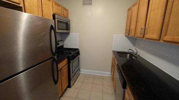 2 Bedrooms, East Harlem Rental in NYC for $2,395 - Photo 2