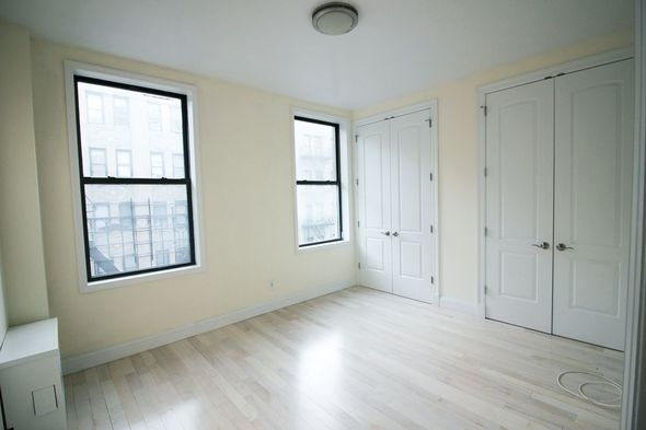 2 Bedrooms, Washington Heights Rental in NYC for $2,450 - Photo 1