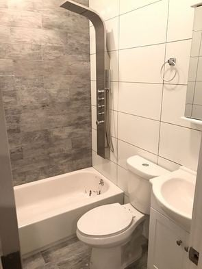 4 Bedrooms, Little Senegal Rental in NYC for $3,718 - Photo 2