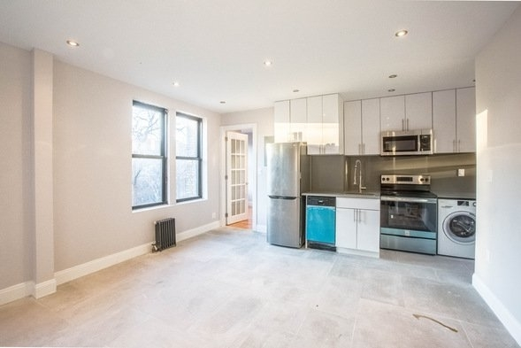 3 Bedrooms, Washington Heights Rental in NYC for $2,833 - Photo 1