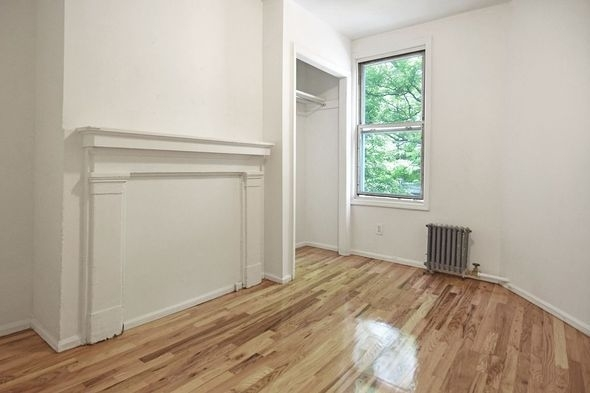 4 Bedrooms, Greenpoint Rental in NYC for $3,595 - Photo 2