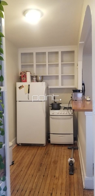 2 Bedrooms, Alphabet City Rental in NYC for $3,199 - Photo 2