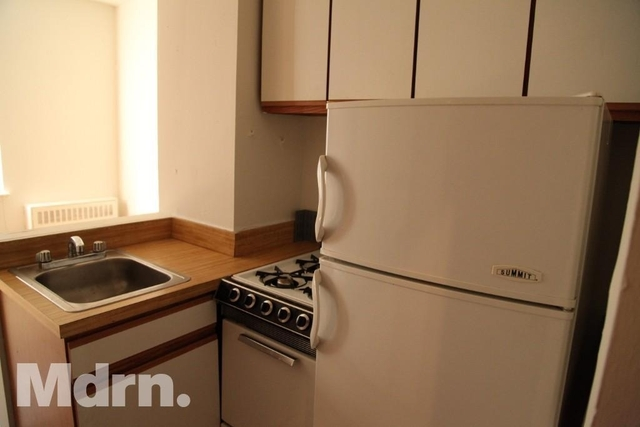 Studio, Yorkville Rental in NYC for $1,810 - Photo 2
