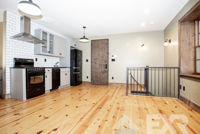 3 Bedrooms, Greenpoint Rental in NYC for $4,889 - Photo 1