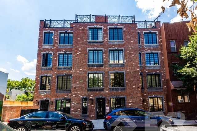 3 Bedrooms, Greenpoint Rental in NYC for $4,889 - Photo 2