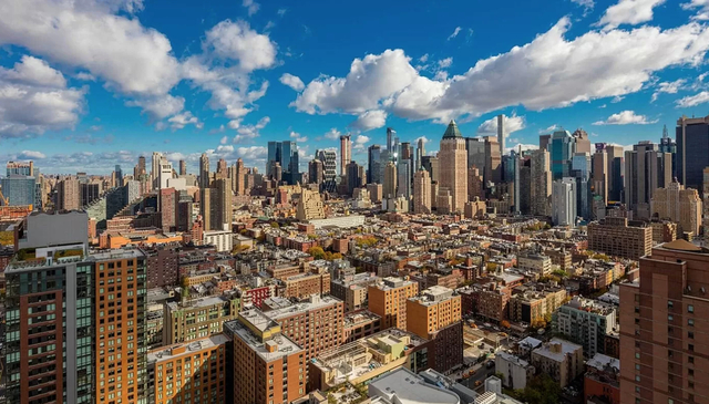 2 Bedrooms, Hell's Kitchen Rental in NYC for $7,075 - Photo 1