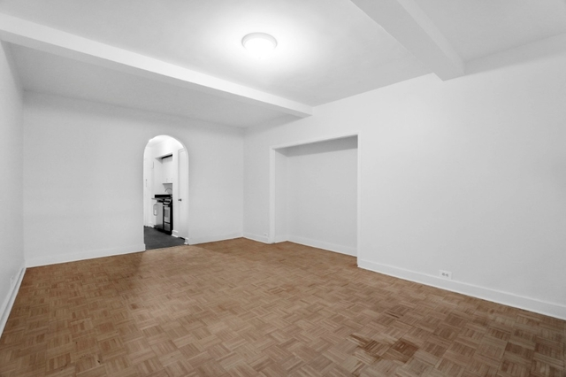1 Bedroom, Turtle Bay Rental in NYC for $2,675 - Photo 2