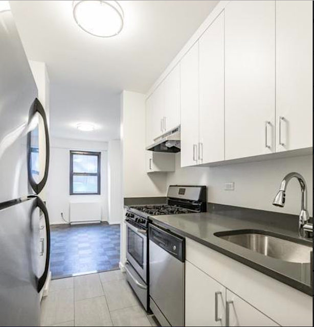 2 Bedrooms, Yorkville Rental in NYC for $5,900 - Photo 1