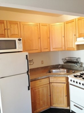 1 Bedroom, Lower East Side Rental in NYC for $2,295 - Photo 2