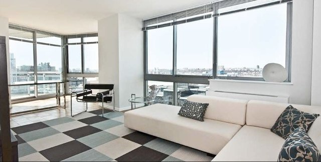 3 Bedrooms, Hell's Kitchen Rental in NYC for $4,300 - Photo 2