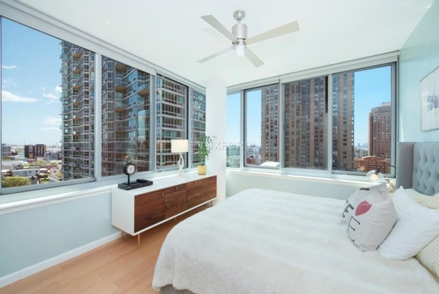 Studio, Hunters Point Rental in NYC for $2,554 - Photo 2