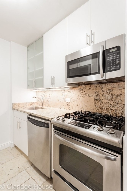 Studio, Yorkville Rental in NYC for $3,125 - Photo 1