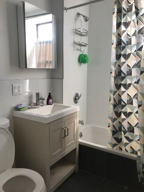 3 Bedrooms, Weeksville Rental in NYC for $2,400 - Photo 1