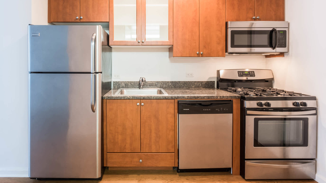 2 Bedrooms, West Village Rental in NYC for $7,774 - Photo 1