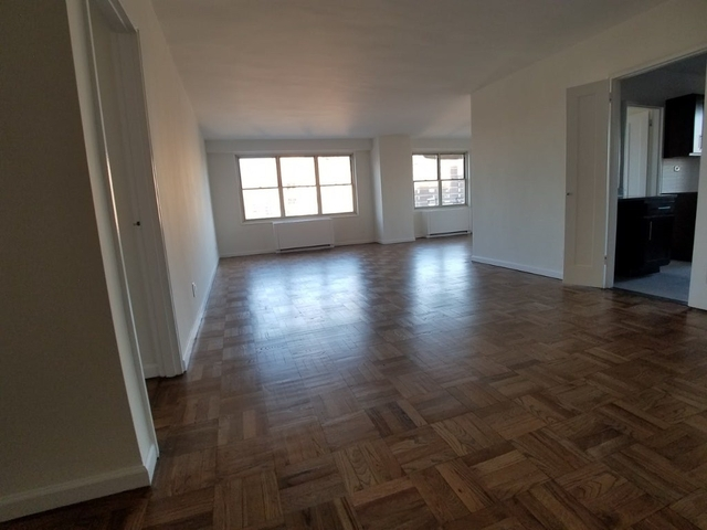 3 Bedrooms, Upper East Side Rental in NYC for $5,300 - Photo 2
