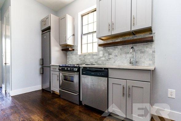 3 Bedrooms, Ridgewood Rental in NYC for $2,399 - Photo 1
