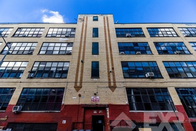Loft, East Williamsburg Rental in NYC for $3,899 - Photo 2