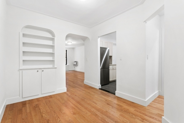 1 Bedroom, Lincoln Square Rental in NYC for $4,041 - Photo 2