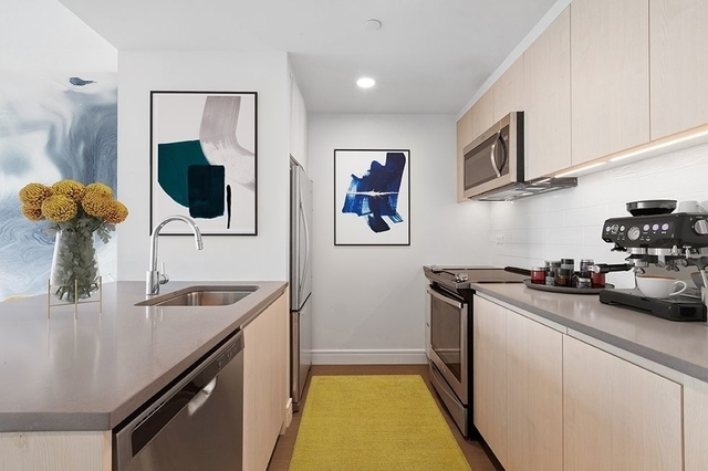 Studio, Long Island City Rental in NYC for $2,756 - Photo 2