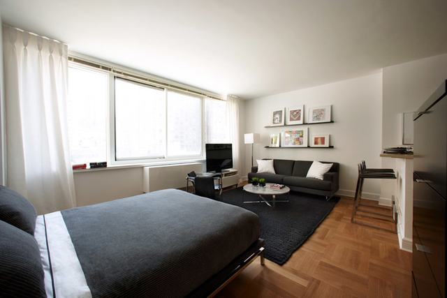 Studio, Lincoln Square Rental in NYC for $3,325 - Photo 1