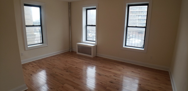 1 Bedroom, Bronxwood Rental in NYC for $1,850 - Photo 2