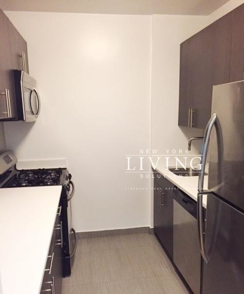 Studio, Battery Park City Rental in NYC for $3,298 - Photo 2