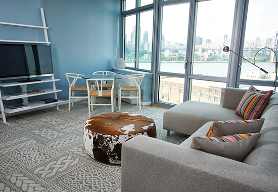 2 Bedrooms, Hunters Point Rental in NYC for $4,524 - Photo 1