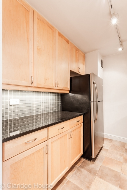 2 Bedrooms, Yorkville Rental in NYC for $5,999 - Photo 1