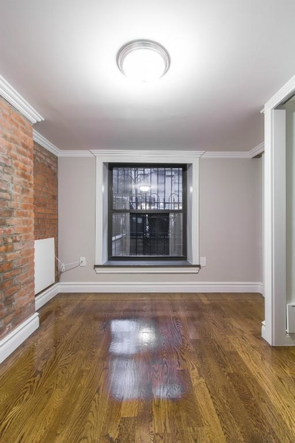 2 Bedrooms, Alphabet City Rental in NYC for $4,242 - Photo 2