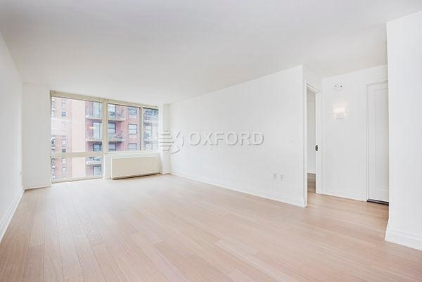 3 Bedrooms, Yorkville Rental in NYC for $7,000 - Photo 1