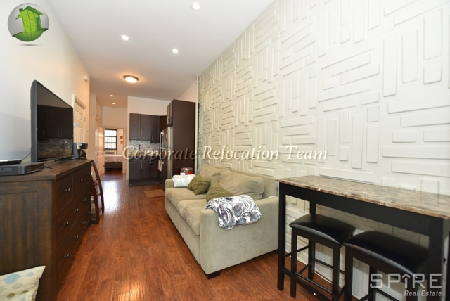 2 Bedrooms, Astoria Rental in NYC for $2,550 - Photo 2