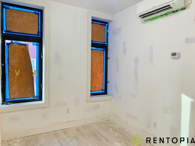 3 Bedrooms, Williamsburg Rental in NYC for $4,699 - Photo 2