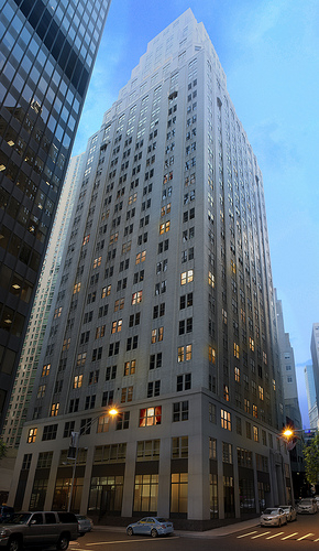 3 Bedrooms, Financial District Rental in NYC for $4,865 - Photo 2