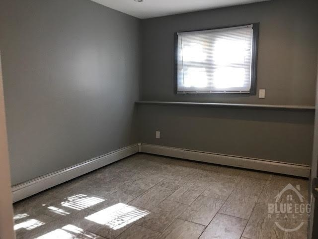 3 Bedrooms, Arverne Rental in NYC for $2,000 - Photo 2