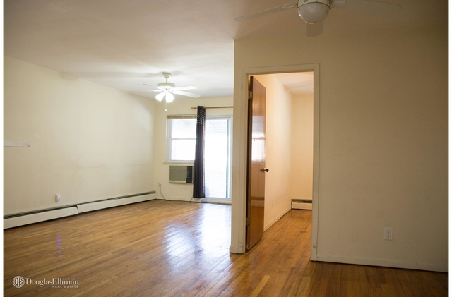 3 Bedrooms, Kew Gardens Rental in NYC for $2,300 - Photo 2