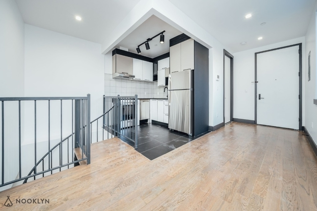 3 Bedrooms, Bushwick Rental in NYC for $3,125 - Photo 2