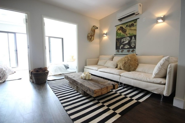 2 Bedrooms, East Williamsburg Rental in NYC for $3,695 - Photo 1