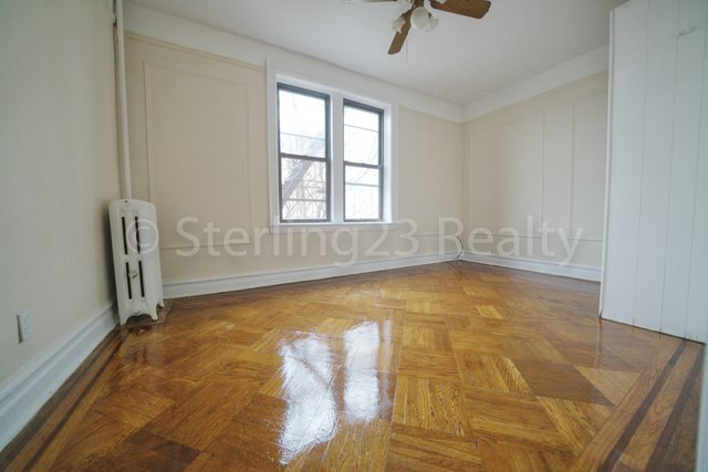 3 Bedrooms, Astoria Rental in NYC for $2,350 - Photo 2