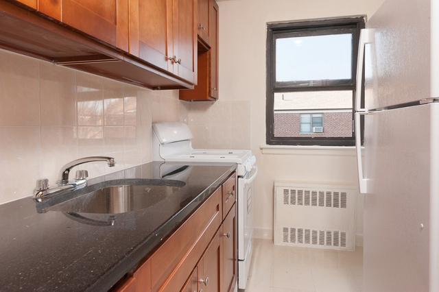 1 Bedroom, Fresh Meadows Rental in NYC for $1,700 - Photo 1