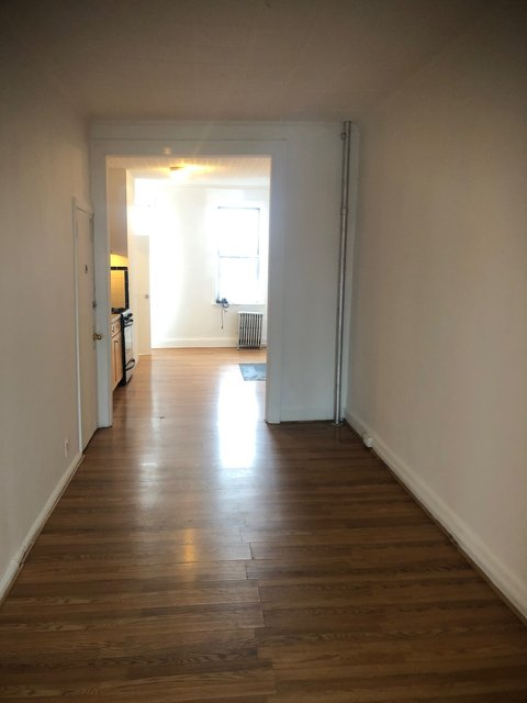 1 Bedroom, East Williamsburg Rental in NYC for $2,300 - Photo 2