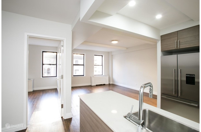 2 Bedrooms, Lincoln Square Rental in NYC for $6,775 - Photo 1