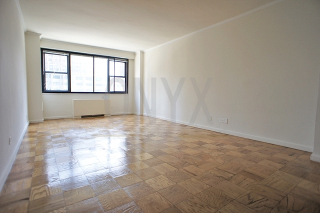 Studio, Hell's Kitchen Rental in NYC for $2,434 - Photo 1