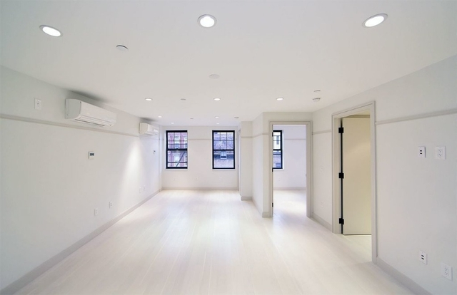 6 Bedrooms, East Village Rental in NYC for $10,542 - Photo 1