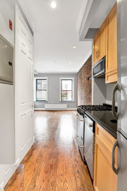 3 Bedrooms, East Village Rental in NYC for $4,470 - Photo 1